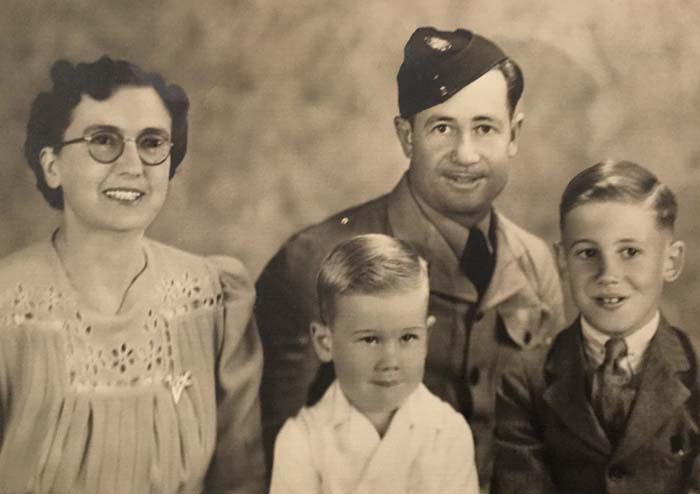 richard hickmott family 1944