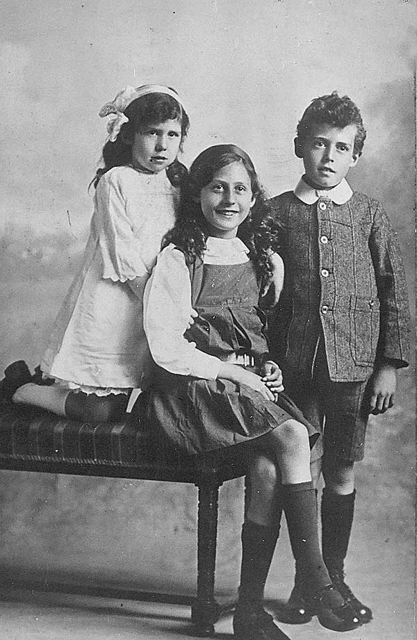 wills children in 1916